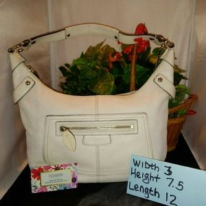 COACH WHITE LEATHER PURSE